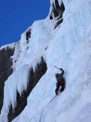 alpinisme-cascade-guides-ecrins